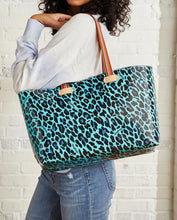 Load image into Gallery viewer, Gem Breezy East/West Tote