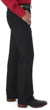 Load image into Gallery viewer, Wrangler Men's Wrancher Black Pant