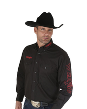 Load image into Gallery viewer, Men's Wrangler Logo Shirt - Black