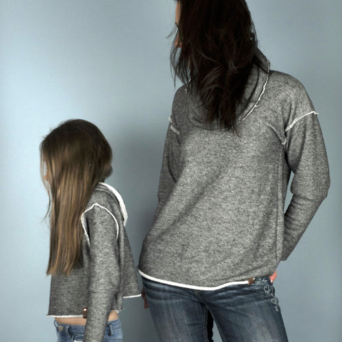 Matching sweaters for woman and girls by Mini Street