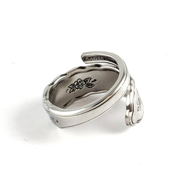 Oneida Floral Bouquet Stainless Steel Spoon Wrap Around Ring by midnight jo