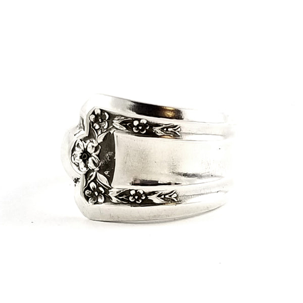 Rockford Longfellow Sovereign Spoon Ring by Midnight Jo
