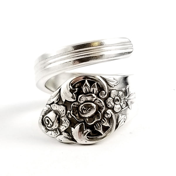 Rogers Oneida Plantation Wrap Around Spoon Ring by Midnight Jo