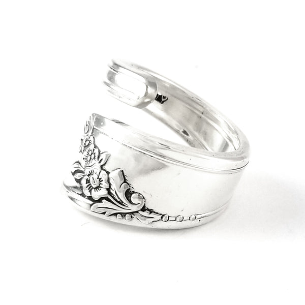 Oneida Queen Bess II Wrap Around Spoon Ring by Midnight Jo