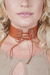 LACED UP SUEDE CHOKER