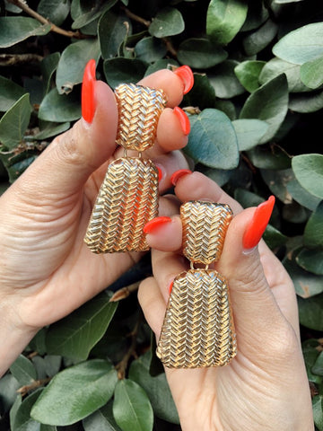 GOLD CHEVRON STRUCTURED EARRINGS