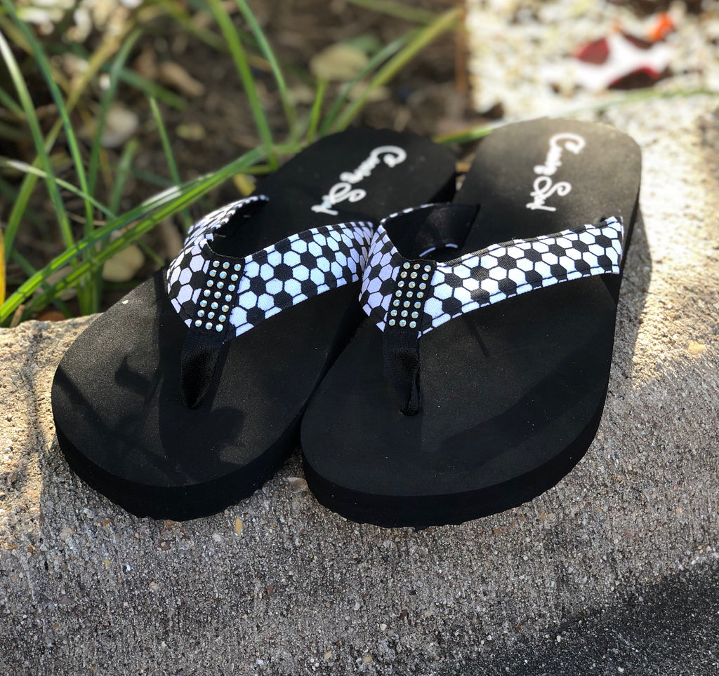 2cabd10192c Flip Flops created by Cocomo SOuL Boutique - get your dose of funky ...