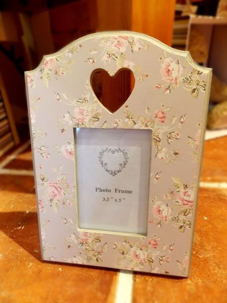 Pretty Grey Heart Frame - Dotties Gifts