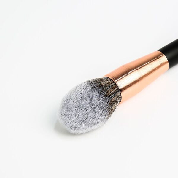 RG202  Tapered Powder Brush