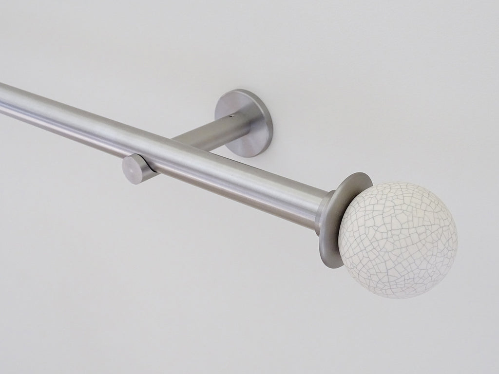 Crackle finial with brushed steel adapter mounted on 19mm pole set
