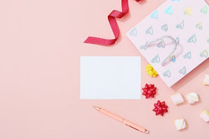 5 TIPS FOR STARTING YOUR OWN GREETING CARD BUSINESS