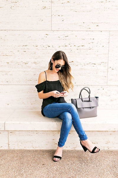 OPEN-SHOULDER BLOUSE + HIELEVEN BAG by @_megankristine