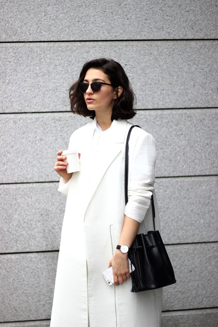 OUTFIT: ALL-WHITE AND BACK TO SHORTER HAIR by @anaiseleni