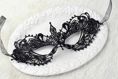 Image of Sexy Lace Catwoman Mask