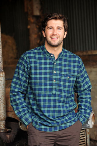Irish Grandfather Shirt in Green Tartan Blackwatch LV6