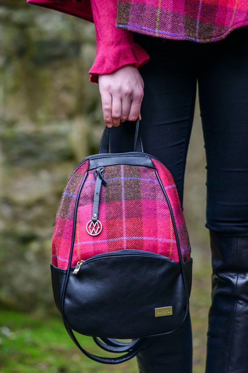 Coleen backpack 1 - pink check