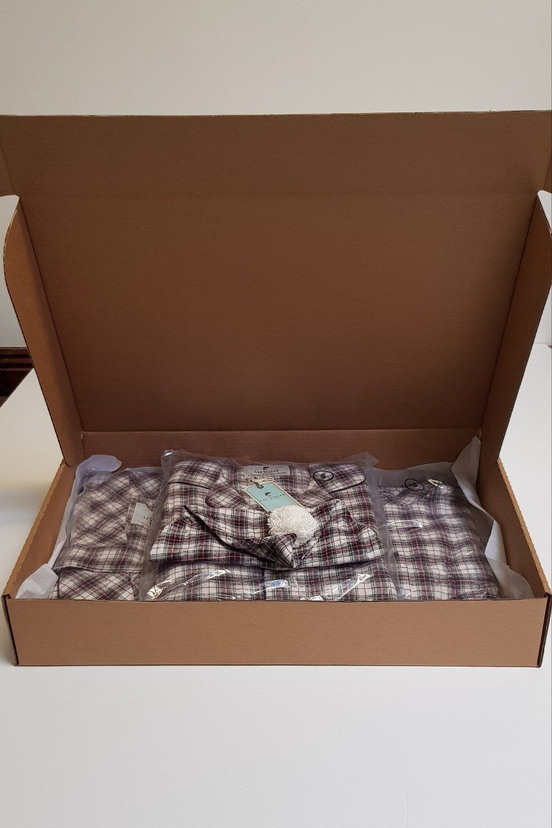 Nightwear Gift Set - Maroon Check LV7 - Lee Valley Ireland - 1