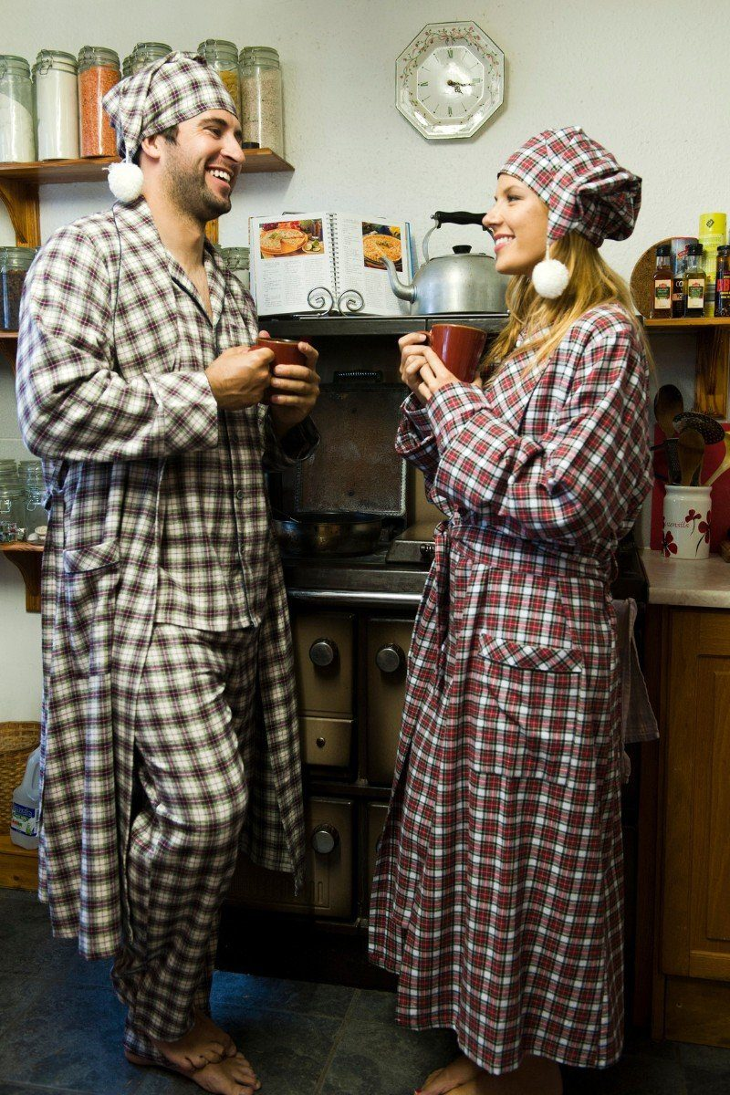 Nightwear Gift Set - Maroon Check LV7 - Lee Valley Ireland - 4