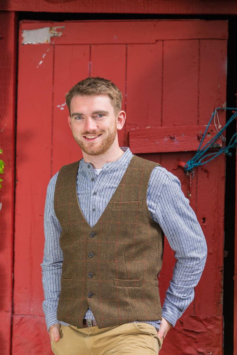 Irish Wool Tweed Vest - Durrow Moss Check Tweed Vest Lee Valley Ireland