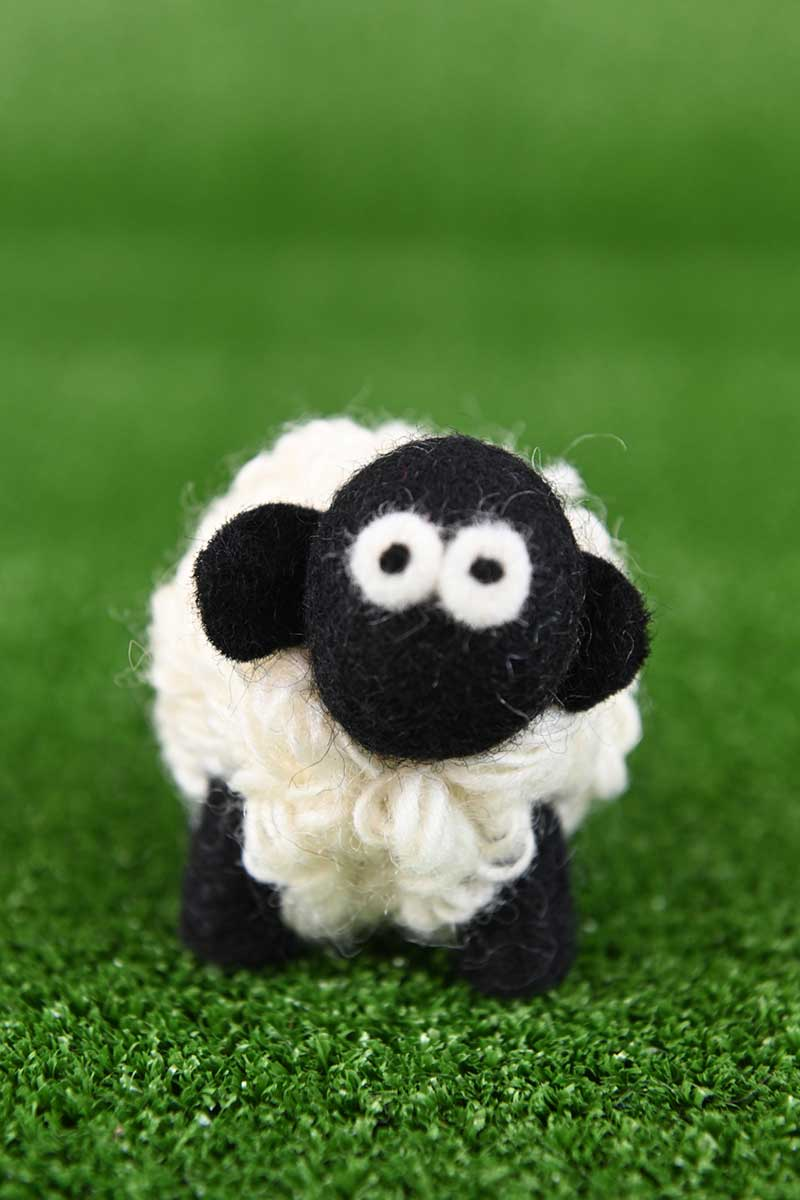 Erin Irish Sheep - Small Irish Gift Erin Knitwear