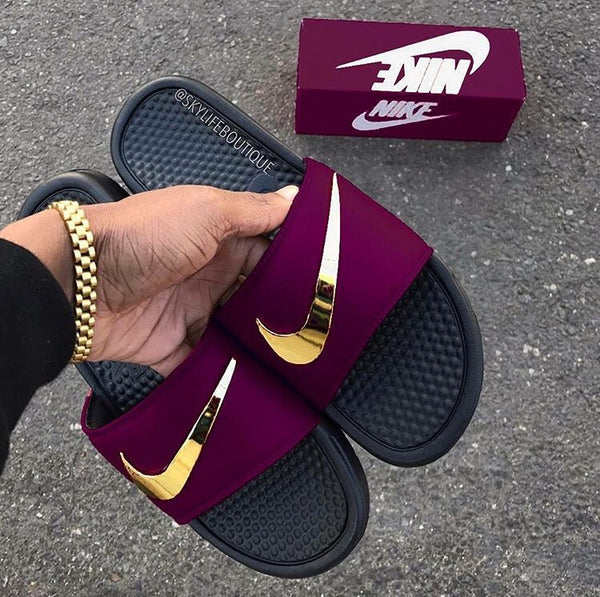 "Nike Benassi ""Bordeaux"" Golden Check Slides"