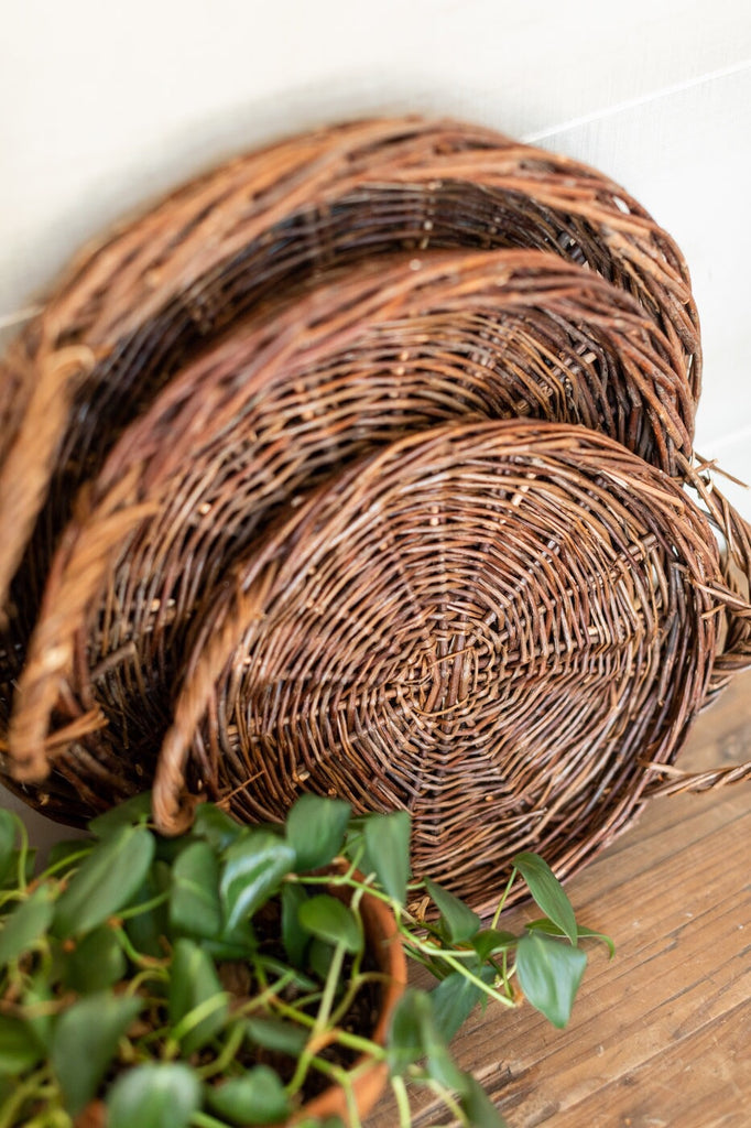 Willow Tray Set