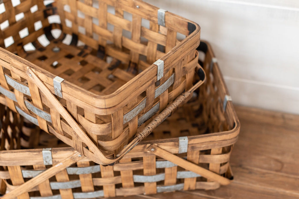Farmhouse Picnic Basket Set