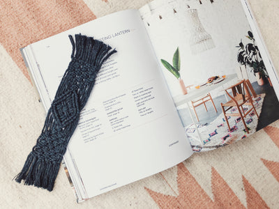 Macrame bookmark pattern