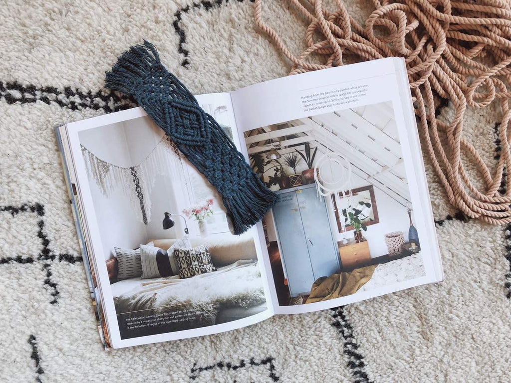 Modern Macramé Book + Bookmark Pattern + DIY project