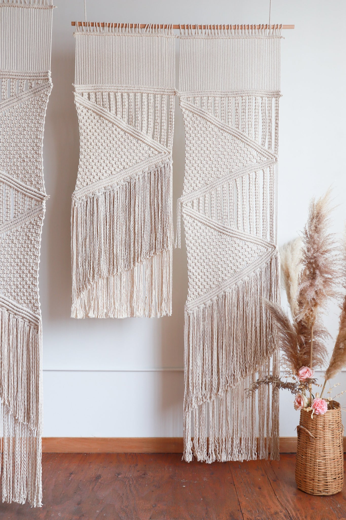DIY Macramé wedding backdrop pattern