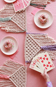 BUNTING + TABLE RUNNER 2-IN-1 PATTERN - DOWNLOAD