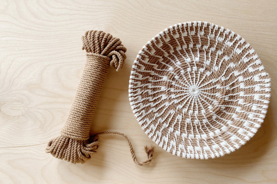 Sunburst Basket using Wheat Rope and Ivory Linen