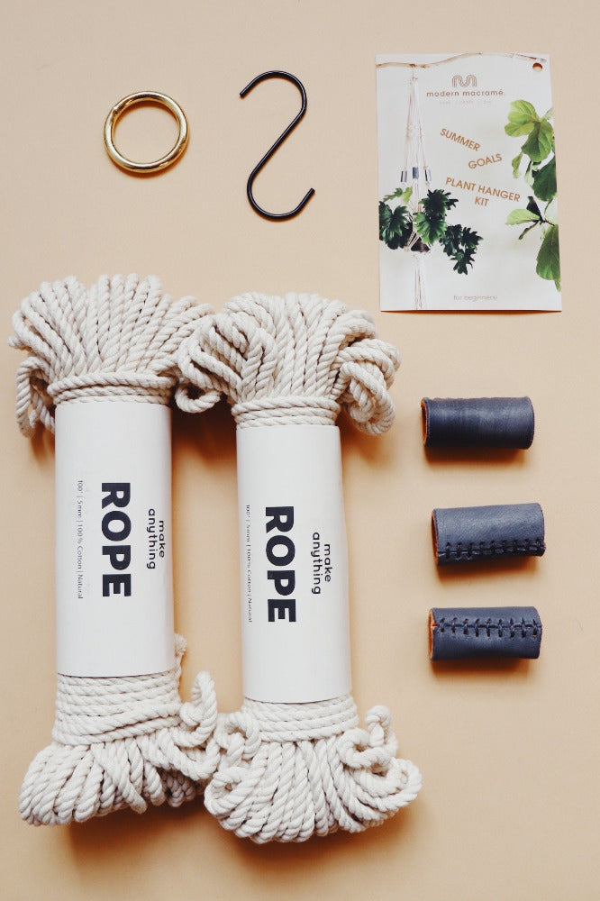 Everything you need  in our easy beginner macramé kit