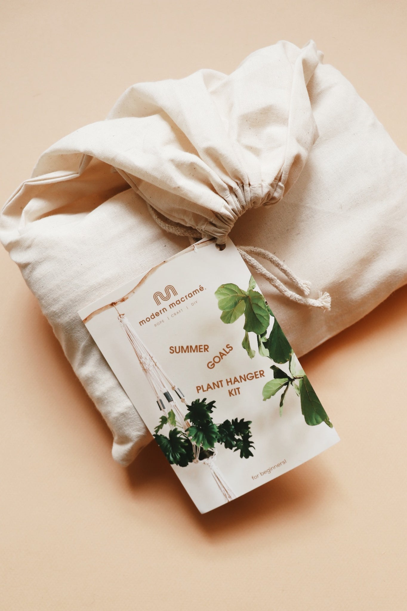 Summer Goals Plant Hanger Kit in Muslin Bag