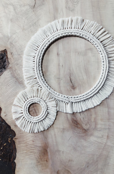 Learn Macrame with this easy Home Decor Project pattern download.