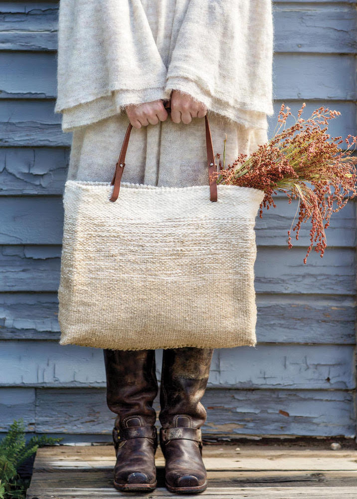 Images from Weaving Within Reach by Anne Weil Handbag project Ecru Daytime Linen