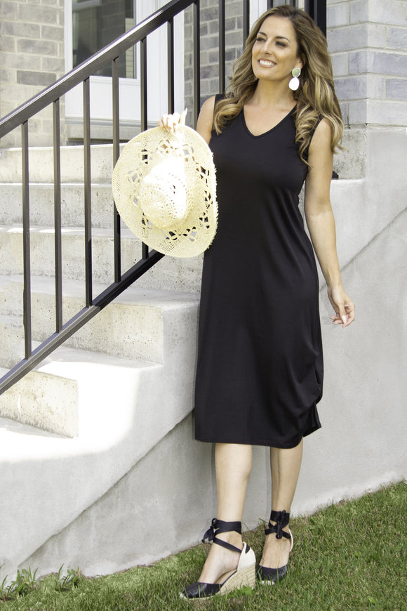 Pure Essence Dress in Black - 210-4581