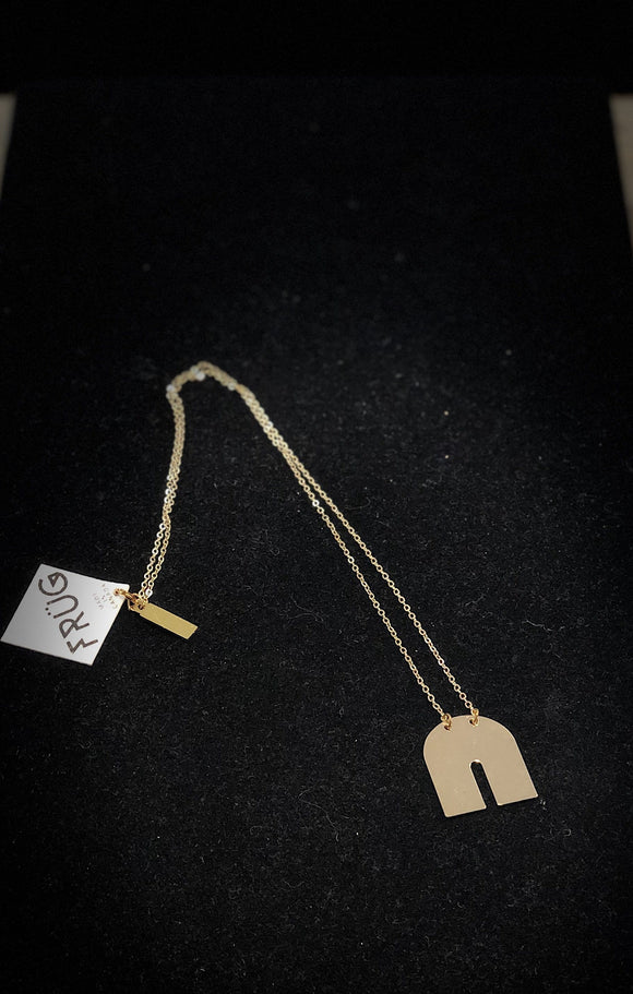 Shiny Gold U Shaped Necklace Jewellery