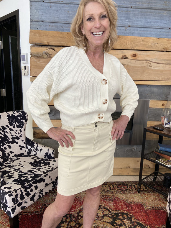 EsQualo Skirt with Paperbag Pockets in Beige - SP2112001