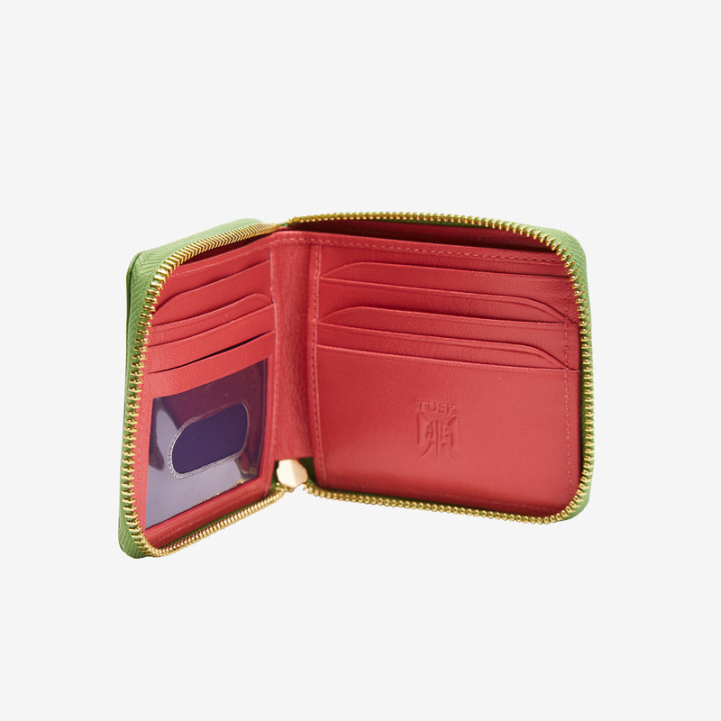 tusk-305-womens-leather-zip-aound-indexer-wallet-moss-open