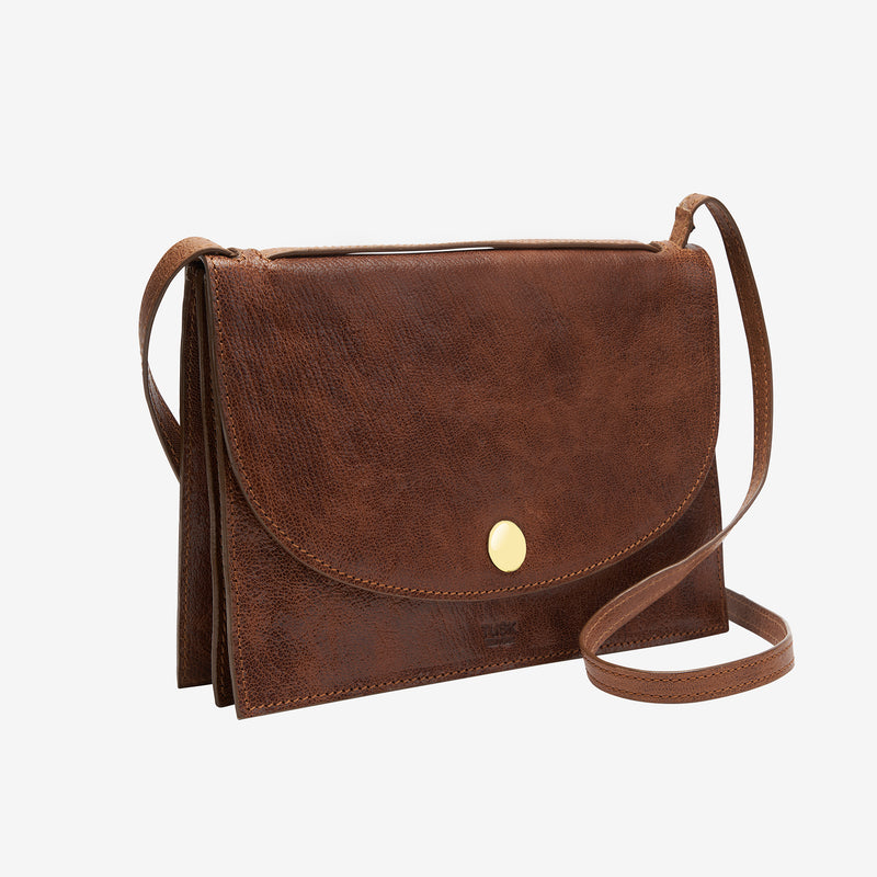tusk-9903-womens-leather-triple-gusseted-crossbody-bag-camel-side