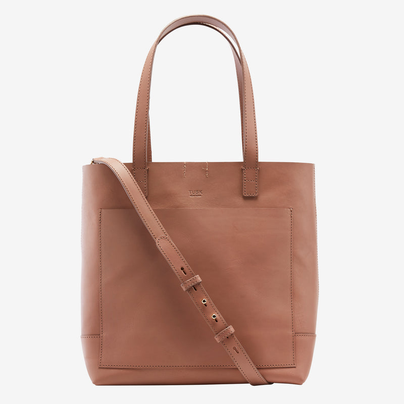 tusk-9904-amrita-leather-open-tote-camel-front-strap