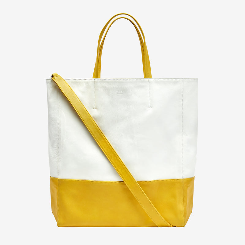 tusk-9908-womens-amelia-leather-large-open-tote-white-and-yellow-front-strap