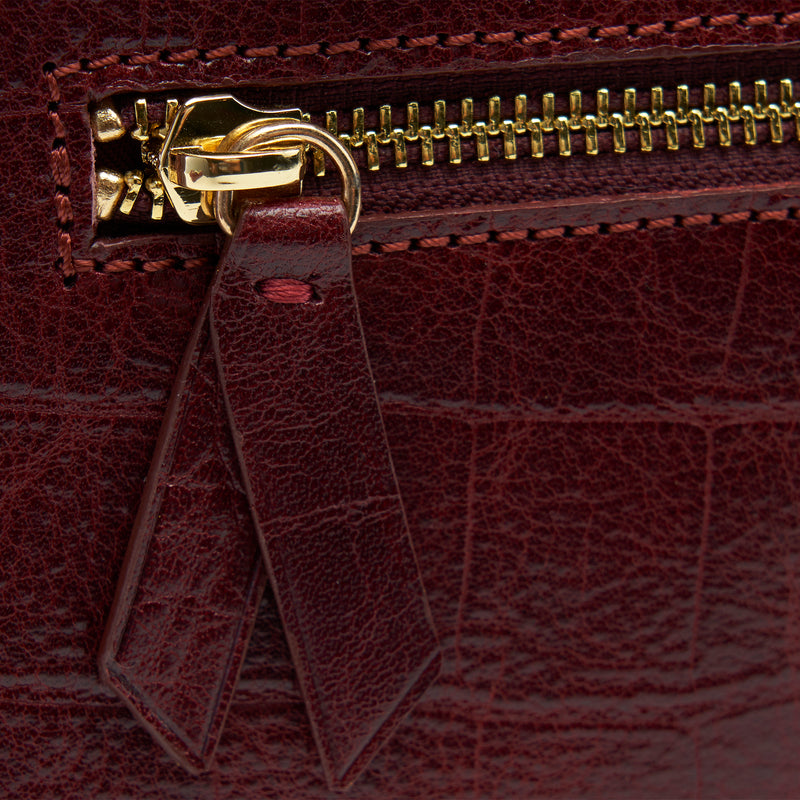 tusk-9909-womens-leather-croco-print-small-satchel-cross-body-oxblood-zipper-detail2