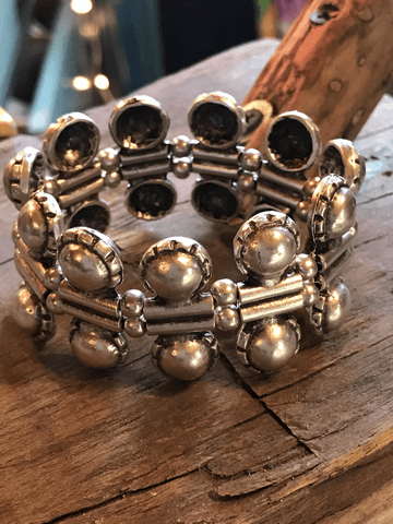 ball and chain elastic cuff