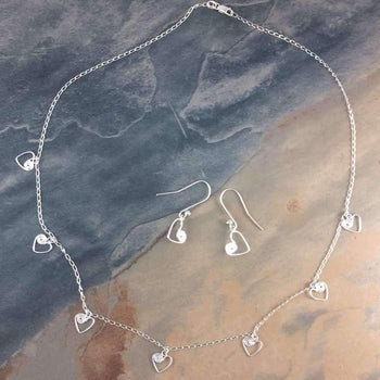 Ndoro Hearts - Dainty Necklace and Earring Jewellery Set