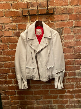 The Lightning #391, White Horsehide