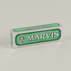 Marvis Toothpaste Classic Strong Mint Image #1