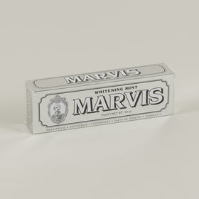 Marvis Toothpaste Whitening Mint Image #1