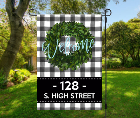 Boxwood Wreath Garden Flag